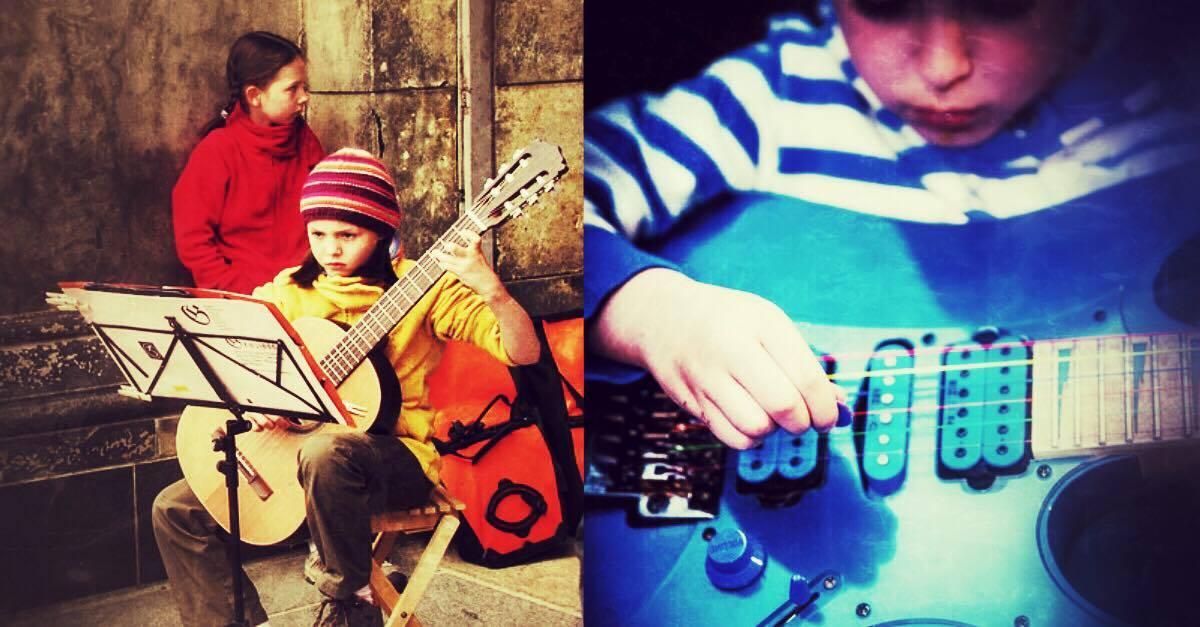 children playing guitar top 10 children guitar video stars online guitar base. Black Bedroom Furniture Sets. Home Design Ideas